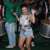 Carnaval 2016: Laryssa Ayres dá show de samba em primeiro ensaio da Grande Rio