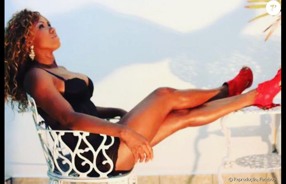 Adélia de Jesus Soares afirmou ter protagonizado vídeo íntimo com um ex-namorado: 'Ficou só entre a gente'