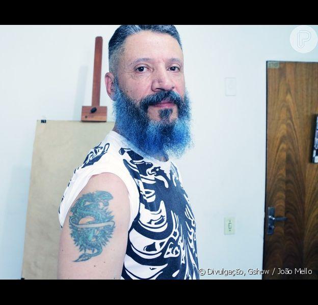 Laércio de Moura, de 53 anos, é curitibano e designer de tatuagens