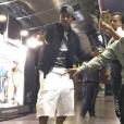Neymar curte vestir bermudas largas