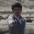Augusto (Selton Mello) morre com um tiro durante duelo com Felipe (Jesuíta Barbosa), em 'Ligações Perigosas'
