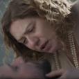 Em 'Ligações Perigosas', Isabel (Patrícia Pillar) se desespera ao saber da morte de Augusto (Selton Mello)