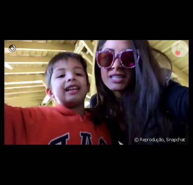 Aline Riscado e o filho, Nathan, de 5 anos, estão em Orlando e celebraram o aniversário de Rodrigo Riscado