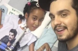 Luan Santana canta para fã em hospital: 'O presente foi meu'. Veja vídeo!