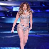 Aos 46 anos, Jennifer Lopez aposta em look ousado e exibe corpão em show. Fotos!