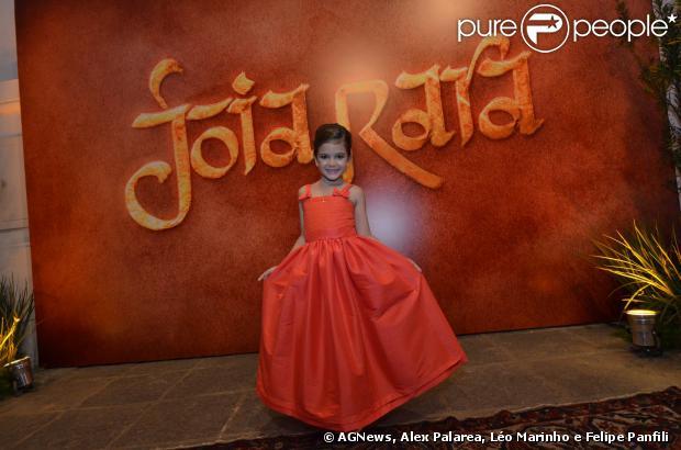 Mel Maia chega à festa de lançamento de 'Joia Rara', em 5 de setembro de 2013