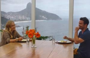Sidney Sampaio ataca de chef de cozinha para a noiva: 'Carol merece demais'