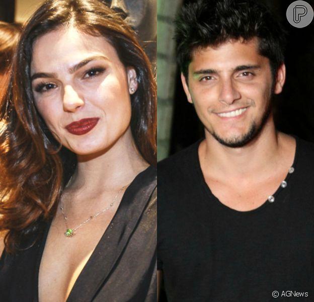 Isis Valverde e Bruno Gissoni se beijaram em festa no último sábado, diz a coluna 'Retratos da Vida', do jornal 'Extra', nesta segunda-feira, 25 de janeiro de 2016