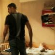 Câmera aparece em cena de 'A Regra do Jogo' e público critica: 'Erro amador'