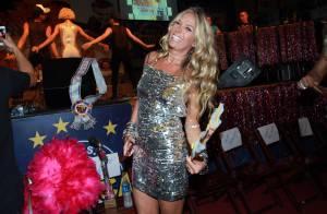Aos 42, Adriane Galisteu exibe boa forma em vestido curto em baile gay.  Fotos! ee6ecd4b2d