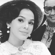 Bruna Marquezine aparece de 'sinhazinha' em 'Nada Será Como Antes'. Veja fotos!