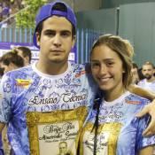 Carnaval: Enzo Celulari e a namorada, Carol Garson, vão a ensaio da Beija-Flor
