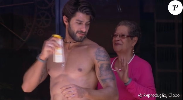 Geralda se encantou por Renan e até já recebeu pedido de casamento do modelo