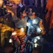 Sophie Charlotte e Daniel de Oliveira, com barriga de grávida, curtem Carnaval
