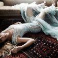Carolina Dieckmann relembra os tempos de modelo em ensaios fotográficos e editoriais de moda para revistas