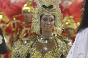 Luana Bandeira é impedida de cuspir fogo no desfile de Carnaval da Estácio de Sá