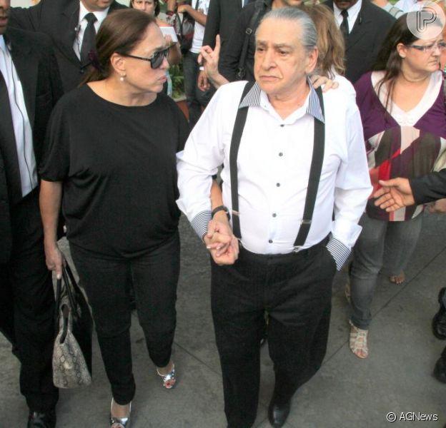 Vicente Sesso fala sobre a vida do filho Marcos Paulo em revista, em dezembro de 2012
