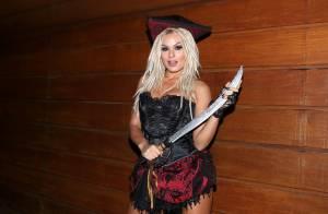 Mendigata nega namoro com Latino após post de Nicole Bahls: 'Falou brincando'