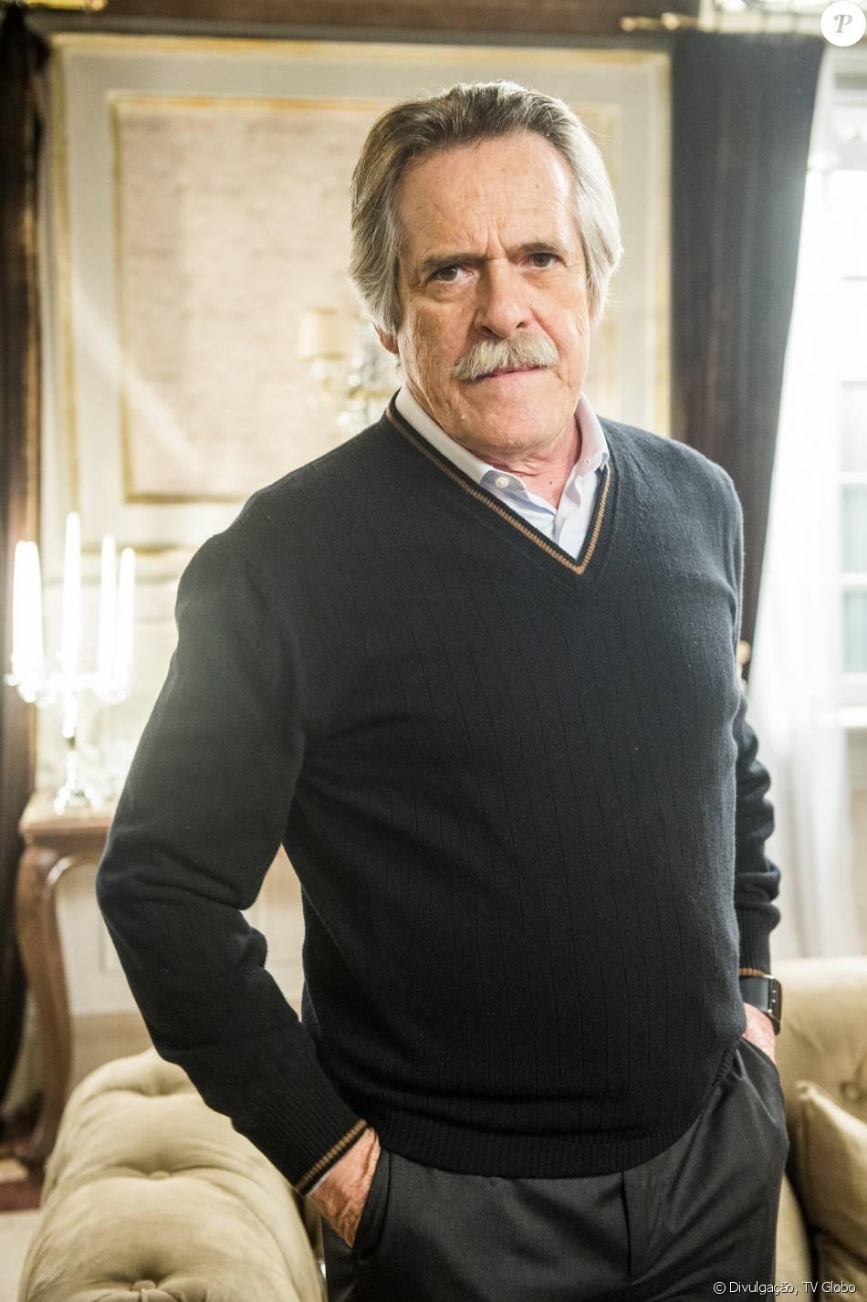 Gibson (José de Abreu) vai morrer no final da novela 'A Regra do Jogo', mas as cenas do desfecho do vilão estão sendo mantidas em segredo até o último capítulo, em 11 de março de 2016