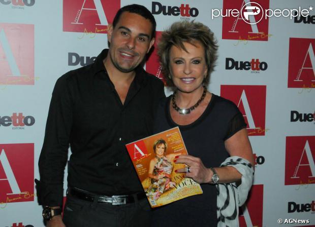 Ana Maria Braga comentou a separação de Marcelo Frisoni em entrevista à revista 'Caras', que chegou às bancas nesta quarta-feira, 25 de setembro de 2013