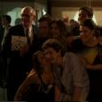 A família Stewart se renúne na exposição das obras de Nelita (Bárbara Paz), no último capítulo da novela 'A Regra do Jogo'