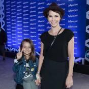 Débora Falabella leva a filha, Nina, ao Lollapalooza: 'Ela está impressionada!'