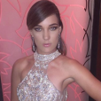 A atriz Adriana Birolli usou vestido da designer Isabella Militão e joias H.Stern, na festa de aniversário da promoter Carol Sampaio