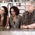 Gina (Karolina Casting) é filha de Ordália (Eliane Giardini) e enteada de Denizard (Fulvio Stefanini), em 'Amor à Vida'