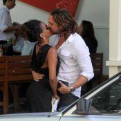 Igor Rickli e Aline Wirley almoçam e namoram no Leblon, no Rio de Janeiro