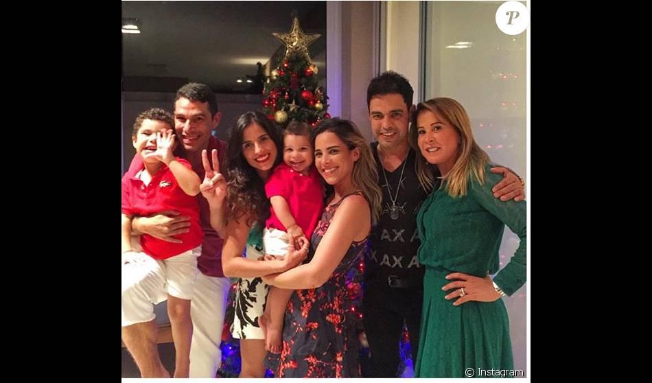 62cbc7e645b Zezé Di Camargo curtiu o Natal sem a namorada e ao lado da família ...
