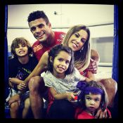 Vitor Belfort, lutador do UFC, festeja nove anos de casamento com Joana Prado