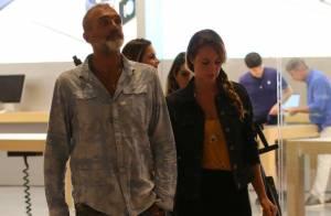 Paolla Oliveira e Rogério Gomes passeiam juntos em shopping na Barra. Fotos!