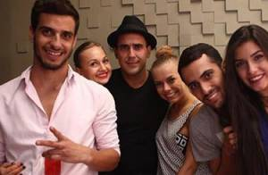 André Marques engata namoro com ucraniana após conhecê-la na Espanha, diz jornal