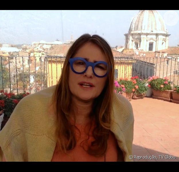 Ilze Scamparini usa óculos azuis em jornal e vira piada: 'Minions?'. Fato aconteceu na manhã desta terça-feira, 22 de março de 2016
