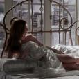 Marina Ruy Barbosa elogiou a cena na qual Eliza, sua personagem na novela 'Totalmente Demais', posa para um ensaio nu: ''Ficou lindo, tudo de muito bom gosto'