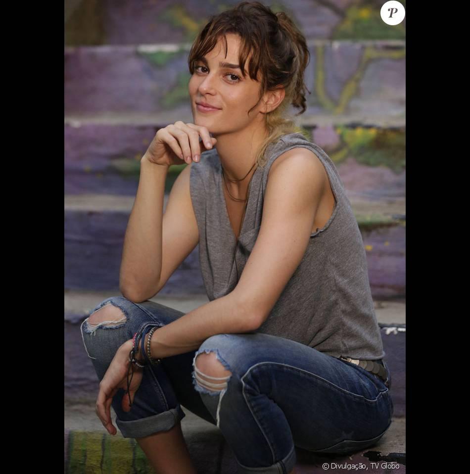 Priscila Steinman comenta o retorno de Sofia à novela 'Totalmente Demais': 'O sangue dela ferve por coisas perigosas', em 2 de abril de 2016