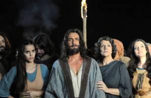'Os Dez Mandamentos - 2ª temporada' estreia e ganha destaque na web: 'Saudade'