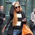 Lindsay Lohan está conversando com seus amigos ricos para tentar abrir uma clínica de reabilitação