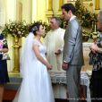 Grávida de Carlito (Anderson di Rizzi) foi abandonada no altar por Ignácio (Carlos Machado), em 'Amor à Vida'