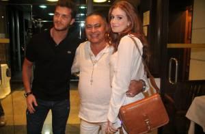 Marina Ruy Barbosa curte festa com Klebber Toledo em churrascaria do Rio