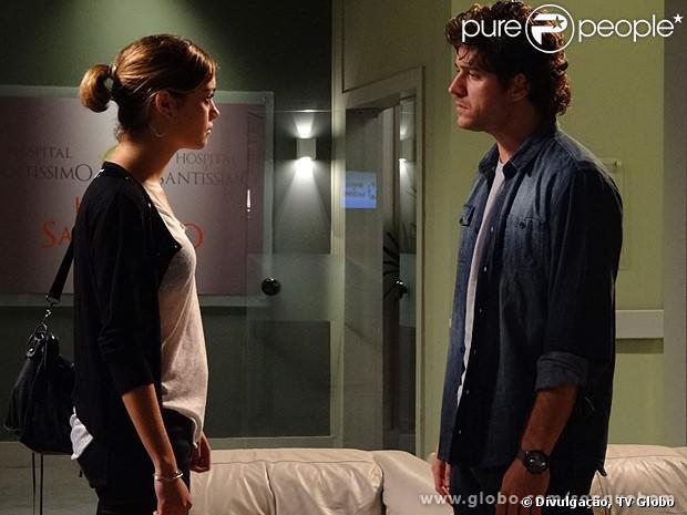 Bento (Marco Pigossi) diz a Amora (Sophie Charlotte) que não vai reatar seu casamento com ela nunca mais, no último capítulo de 'Sangue Bom', em 1º de novembro de 2013