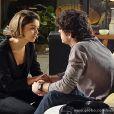 Amora (Sophie Charlotte) pede que Bento (Marco Pigossi) fique com ela, no último capítulo de 'Sangue Bom'