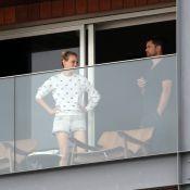 Diane Kruger e Joshua Jackson passeiam pelo RJ após evento da Chanel