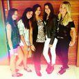 Flávia Alessandra também levou a filha Giulia ao Rock in Rio com as amigas