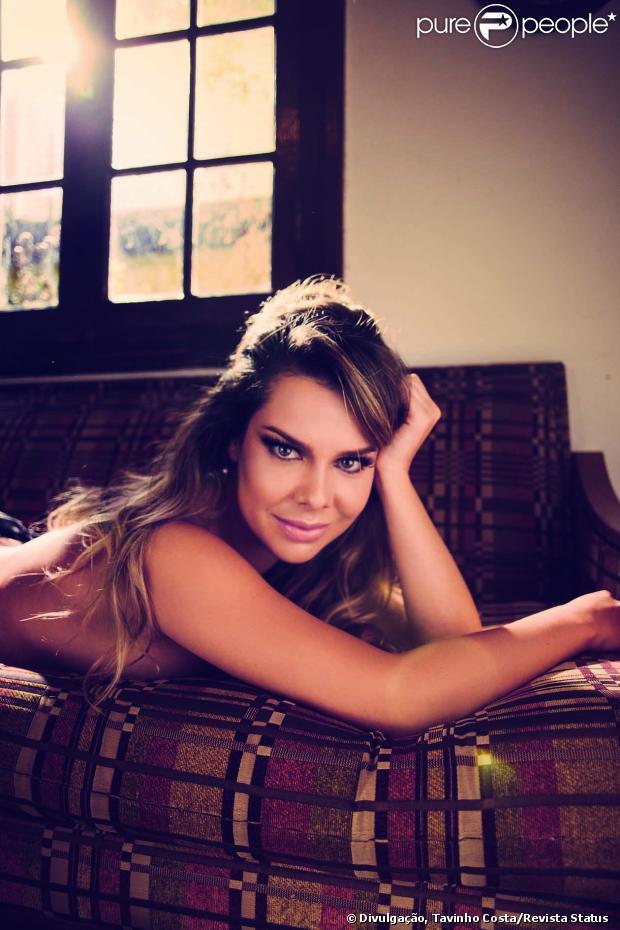 Fernanda Souza posou de lingerie e muito sensual para um ensaio provocante na revista 'Status'