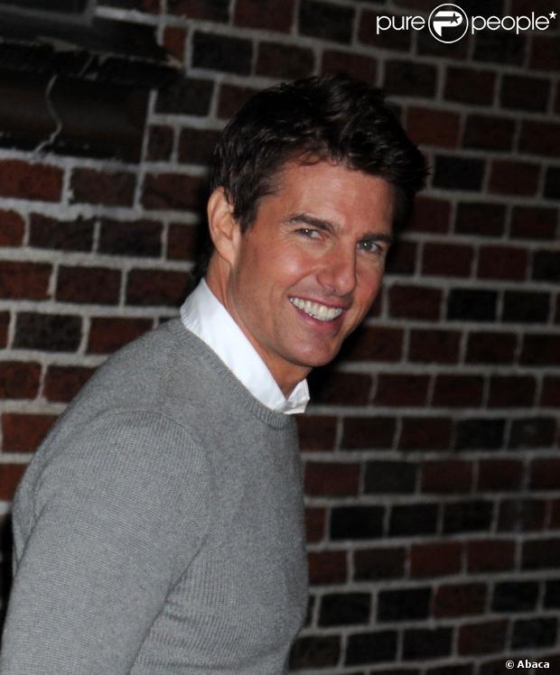 Tom Cruise aparece com nova companheira, em 27 de dezembro de 2012