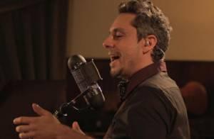 Alexandre Nero lança seu primeiro DVD como cantor falando de amor