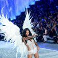 Adriana Lima é a terceira modelo mais bem paga do mundo, segundo o site 'Models.com'
