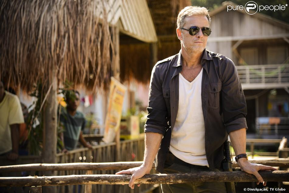 Kléber (Marcello Novaes) se revela o assassino por trás da 'Besta', em 'Além do Horizonte', em 28 de novembro de 2013