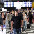 Em 12 de novembro, dois dias após o enterro da filha, Caio Castro apareceu cabisbaixo no aeroporto